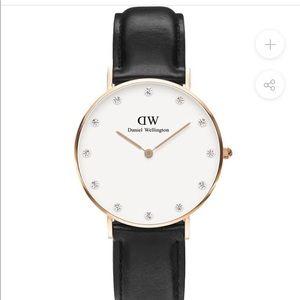 DW Sheffield Rose Gold w/Swarovski Crystals Watch
